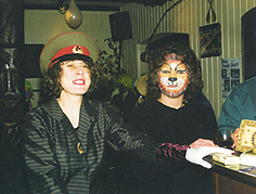 Ex-Fahrerin Babsi und     Chefin Inge